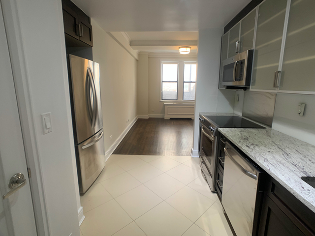 1 Bedroom, Lincoln Square Rental in NYC for $3,063 - Photo 1