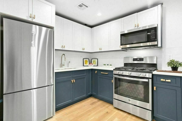2 Bedrooms, Midwood Rental in NYC for $2,786 - Photo 1