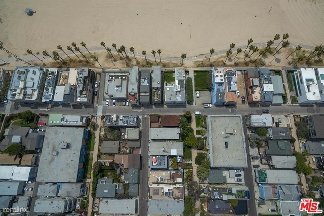 3 Bedrooms, Venice Beach Rental in Los Angeles, CA for $6,750 - Photo 1