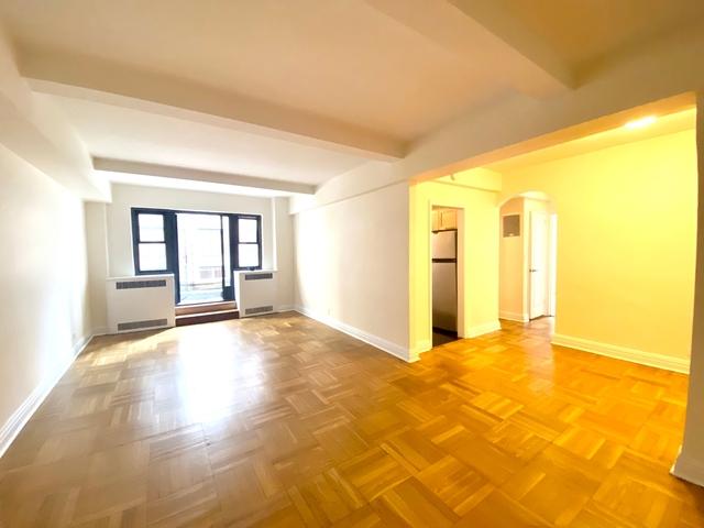 2 Bedrooms, Midtown East Rental in NYC for $4,333 - Photo 1