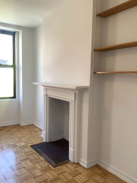 1 Bedroom, Hell's Kitchen Rental in NYC for $1,900 - Photo 1