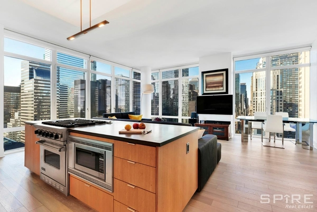 2 Bedrooms, Midtown East Rental in NYC for $10,500 - Photo 1