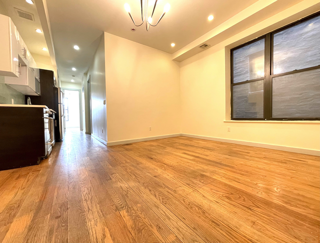 5 Bedrooms, Crown Heights Rental in NYC for $2,990 - Photo 1