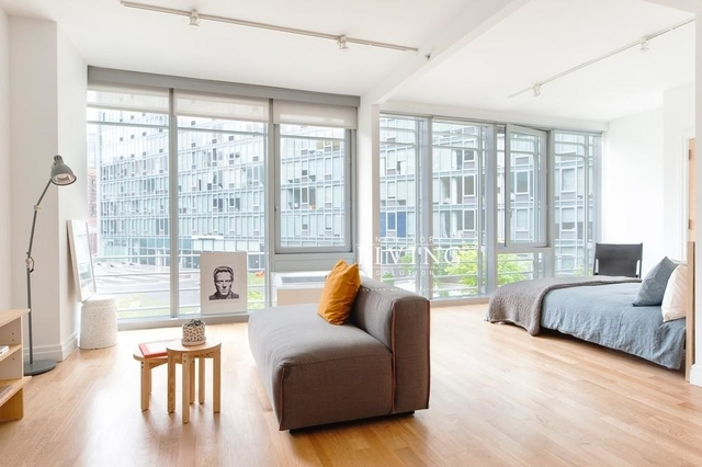 Studio, Hell's Kitchen Rental in NYC for $3,555 - Photo 1