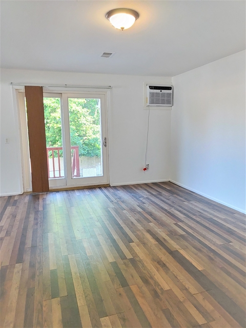 2 Bedrooms, Bay Terrace Rental in NYC for $1,999 - Photo 1