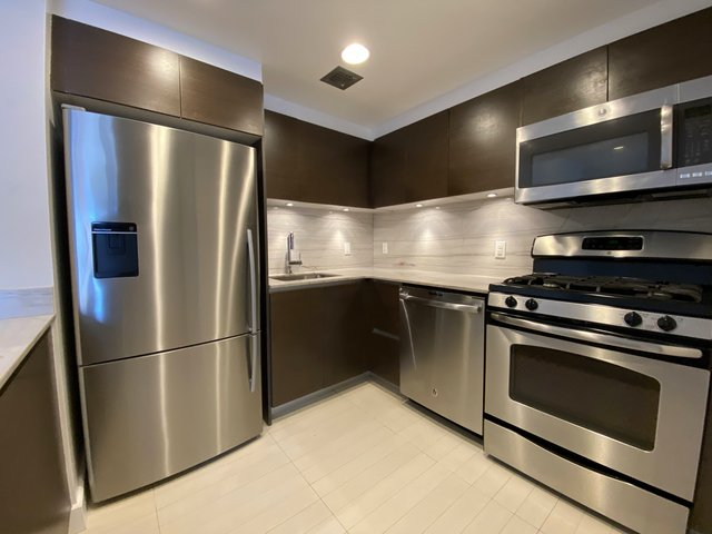 2 Bedrooms, Upper East Side Rental in NYC for $5,455 - Photo 1