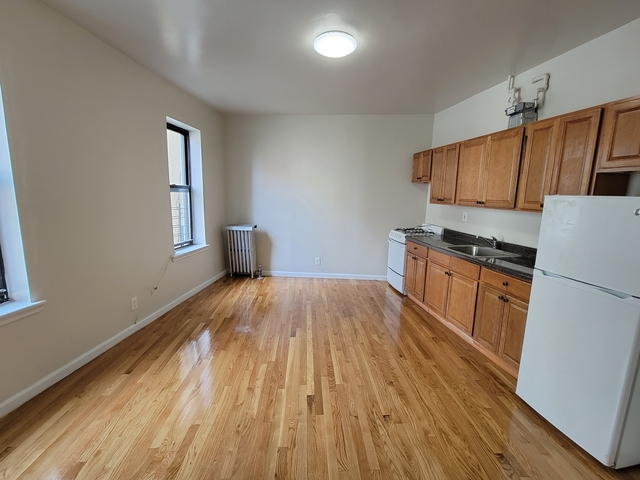 1 Bedroom, Bedford Park Rental in NYC for $1,400 - Photo 1