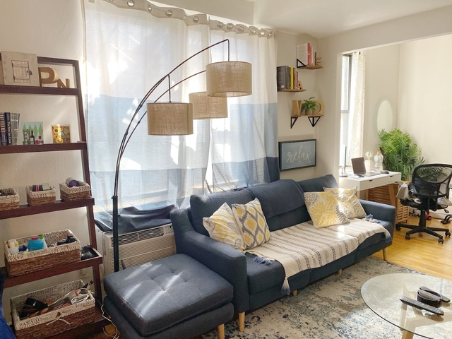 Studio, Yorkville Rental in NYC for $2,126 - Photo 1