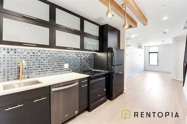 3 Bedrooms, Williamsburg Rental in NYC for $5,000 - Photo 1