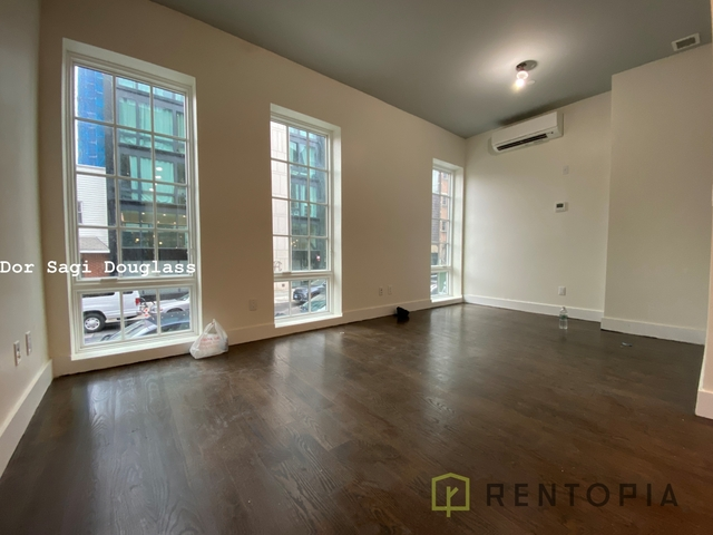4 Bedrooms, Williamsburg Rental in NYC for $7,230 - Photo 1