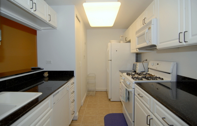 2 Bedrooms, Little Senegal Rental in NYC for $3,400 - Photo 1