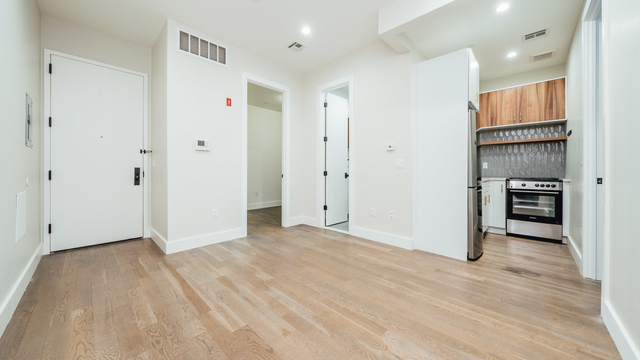 3 Bedrooms, Bedford-Stuyvesant Rental in NYC for $2,330 - Photo 1