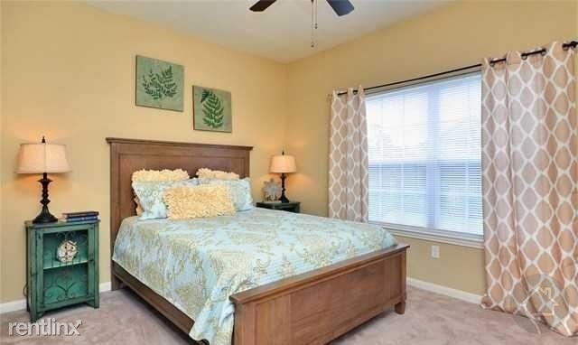 3 Bedrooms, Montgomery Rental in Houston for $1,600 - Photo 1