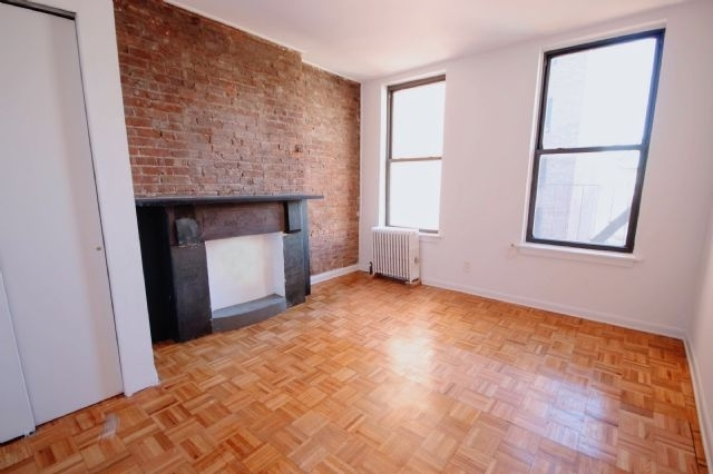 2 Bedrooms, West Village Rental in NYC for $2,800 - Photo 1