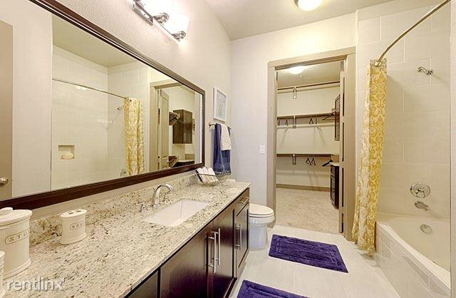 3 Bedrooms, Park Memorial Condominiums Rental in Houston for $3,558 - Photo 1