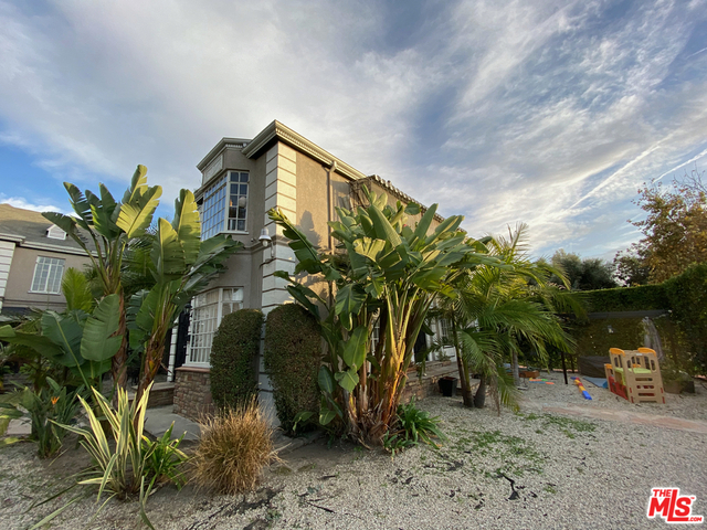 3 Bedrooms, Miracle Mile Rental in Los Angeles, CA for $2,995 - Photo 1