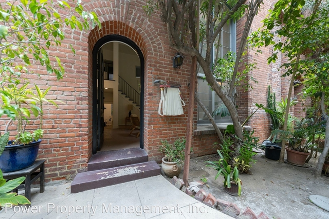 1 Bedroom, Central Hollywood Rental in Los Angeles, CA for $2,185 - Photo 1