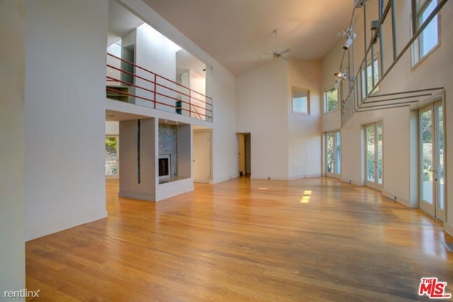 2 Bedrooms, Brentwood Rental in Los Angeles, CA for $7,000 - Photo 1