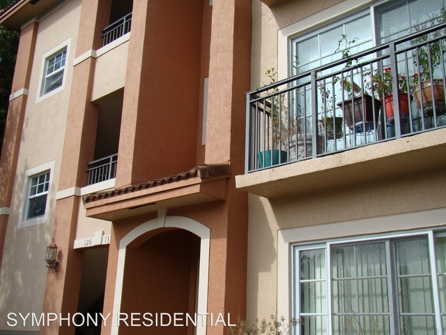 2 Bedrooms, City Center Rental in Miami, FL for $1,725 - Photo 1