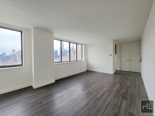 Studio, Hell's Kitchen Rental in NYC for $3,385 - Photo 1