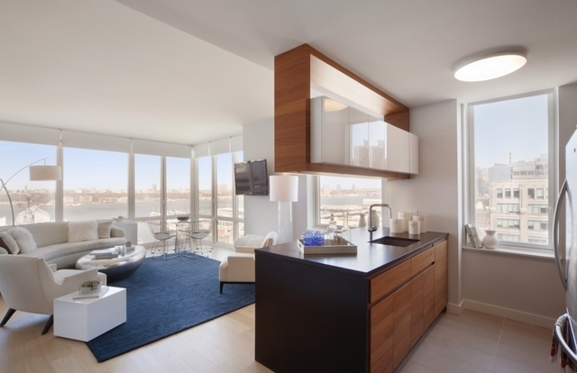 2 Bedrooms, Hell's Kitchen Rental in NYC for $5,326 - Photo 1