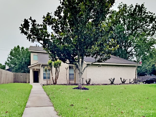 4 Bedrooms, Parkhollow Place Rental in Houston for $1,849 - Photo 1