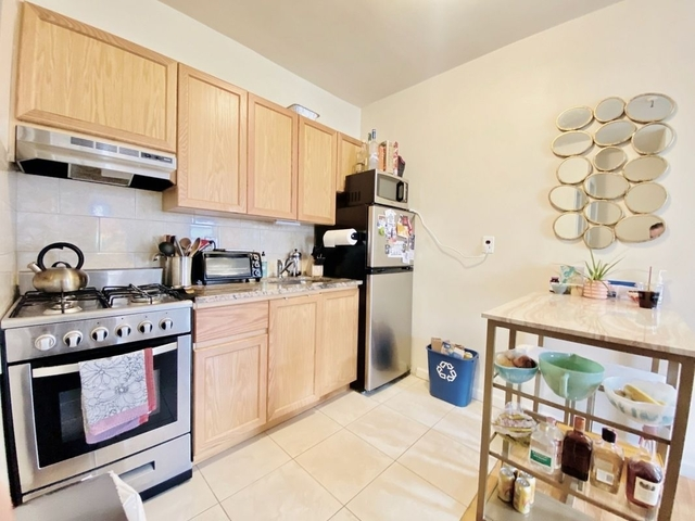 1 Bedroom, Greenpoint Rental in NYC for $2,495 - Photo 1