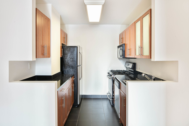 1 Bedroom, Financial District Rental in NYC for $2,614 - Photo 1