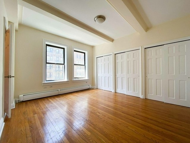 2 Bedrooms, Upper West Side Rental in NYC for $6,400 - Photo 1