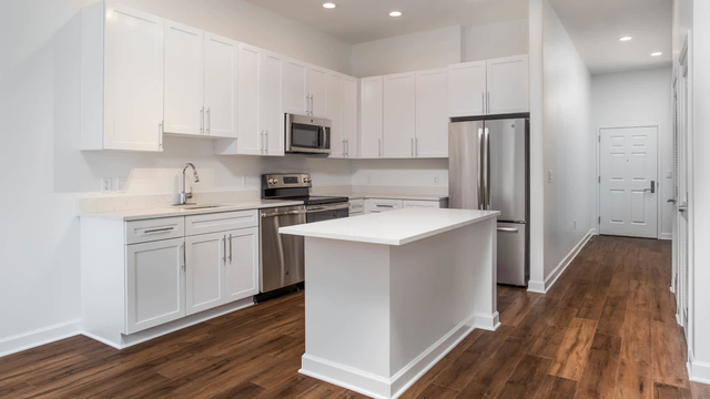 Studio, Radnor - Fort Myer Heights Rental in Washington, DC for $2,345 - Photo 1