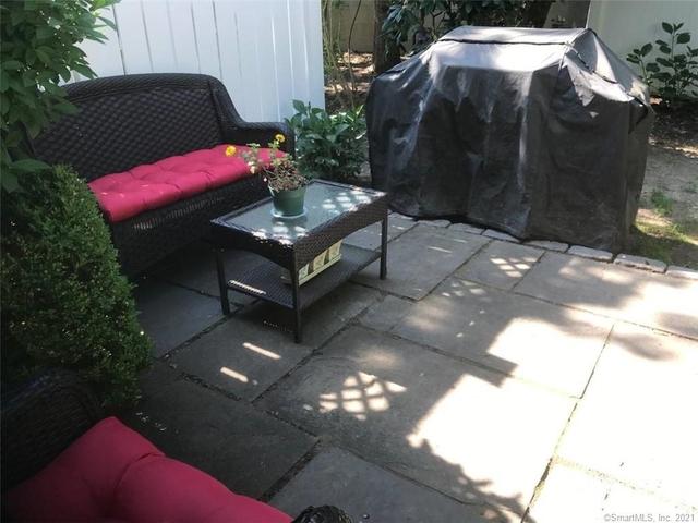 2 Bedrooms, Greenwich Rental in Bridgeport-Stamford, CT for $3,750 - Photo 1