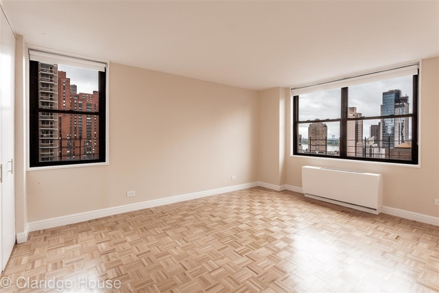 2 Bedrooms, Yorkville Rental in NYC for $5,290 - Photo 1