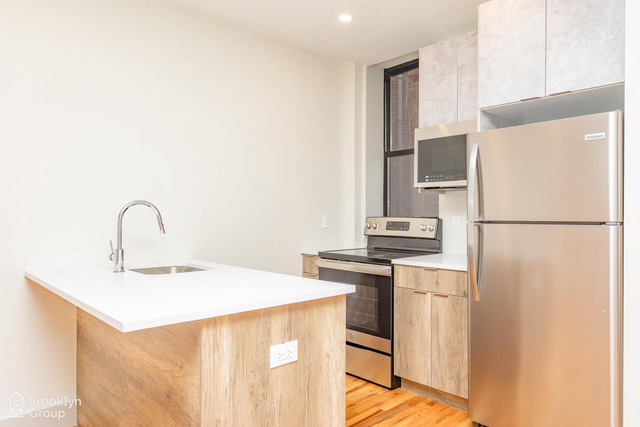 3 Bedrooms, Bushwick Rental in NYC for $2,728 - Photo 1
