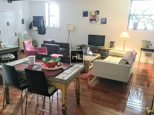 Studio, Red Hook Rental in NYC for $2,300 - Photo 1
