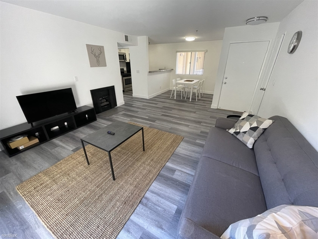 2 Bedrooms, Hollywood Dell Rental in Los Angeles, CA for $2,795 - Photo 1