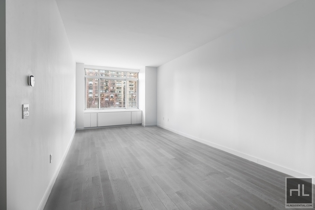 Studio, Lincoln Square Rental in NYC for $3,300 - Photo 1