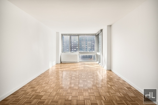 Studio, Lincoln Square Rental in NYC for $3,350 - Photo 1