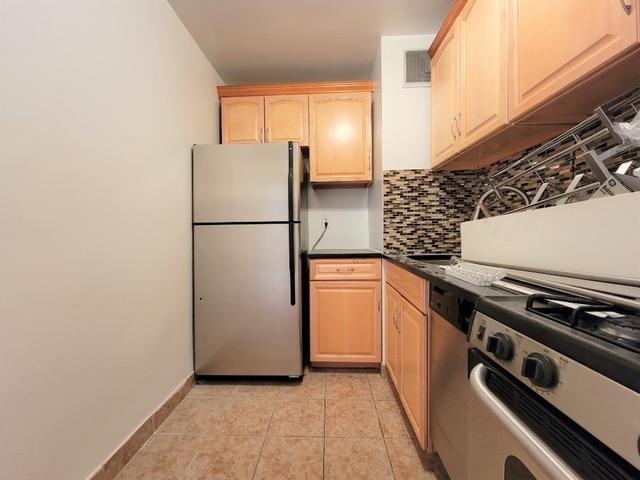 1 Bedroom, Astoria Rental in NYC for $2,120 - Photo 1