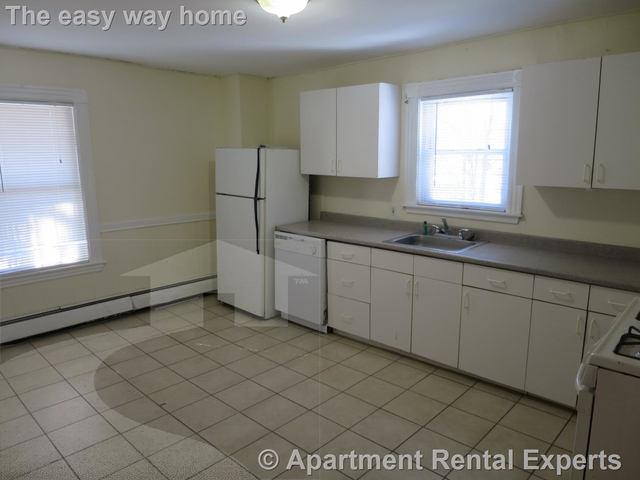 2 Bedrooms, West Somerville Rental in Boston, MA for $2,100 - Photo 1