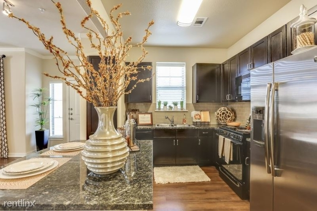 1 Bedroom, Hulen Towers Rental in Dallas for $1,019 - Photo 1