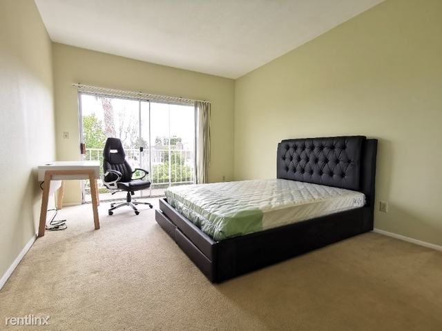 3 Bedrooms, Westwood Rental in Los Angeles, CA for $1,450 - Photo 1