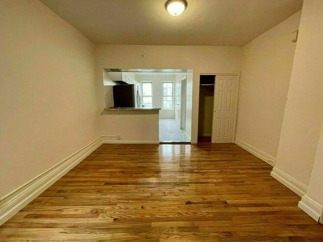 2 Bedrooms, Glendale Rental in NYC for $1,950 - Photo 1