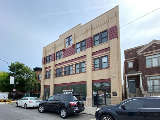 3 Bedrooms, The Gap Rental in Chicago, IL for $1,995 - Photo 1