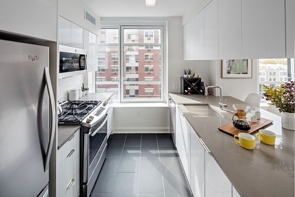 2 Bedrooms, Downtown Brooklyn Rental in NYC for $5,894 - Photo 1