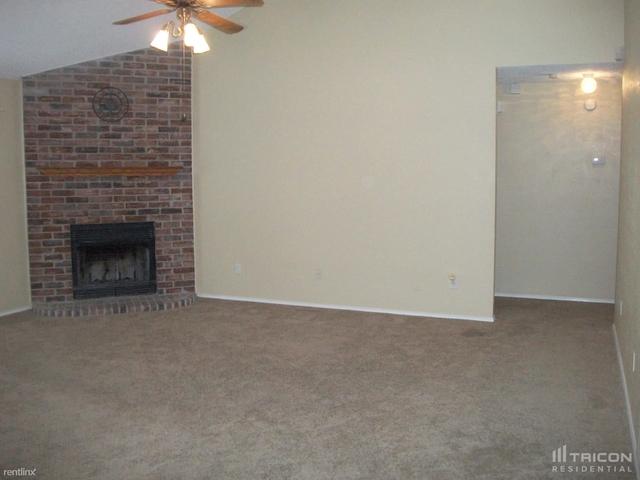 3 Bedrooms, Cooper Square Arlington Rental in Dallas for $1,949 - Photo 1