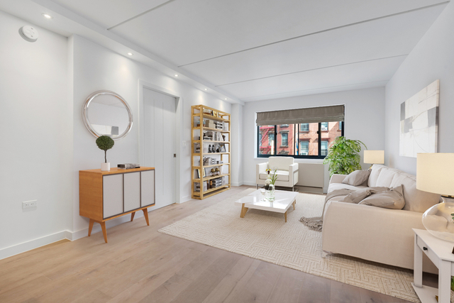 1 Bedroom, Two Bridges Rental in NYC for $3,688 - Photo 1