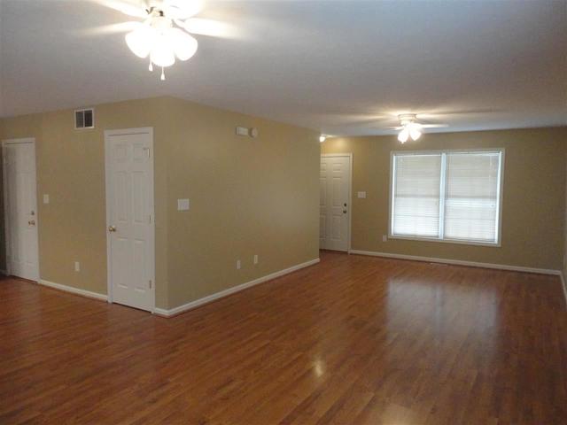 4 Bedrooms, Rockport Hills Rental in Bloomington, IN for $1,450 - Photo 2