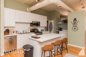 2 Bedrooms, Fulton Market Rental in Chicago, IL for $2,100 - Photo 1