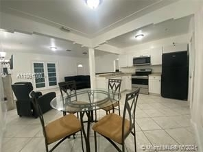3 Bedrooms, Biscayne Beach Rental in Miami, FL for $3,000 - Photo 1