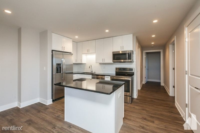 2 Bedrooms, Lake View East Rental in Chicago, IL for $3,250 - Photo 1